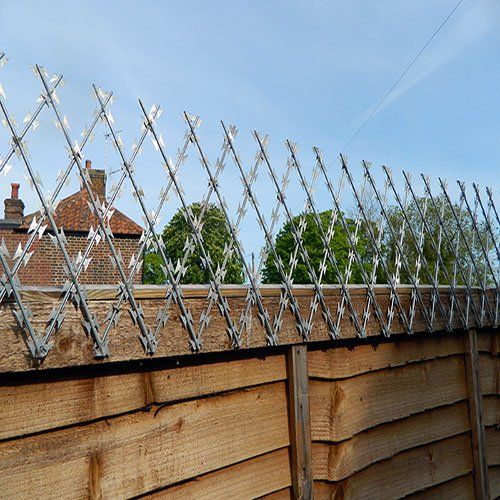 Welded Razor Wire Fence - Buy Welded Razor Wire Fence Product on ...