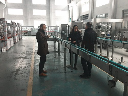 beer filling and making machine factory.jpg