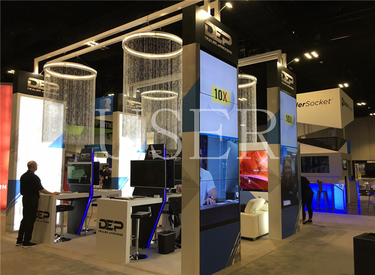 USA Trade Show, 55'' video wall 2 sets of 1×4,2×21