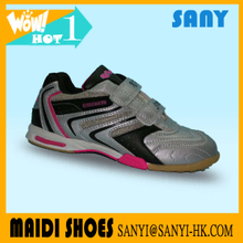Fashionable Chinese Black Girl's Sport Training Soccer Shoes