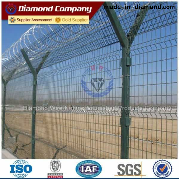Welded Wire Fence - Diamond Welded wire mesh fence suppliers and ...