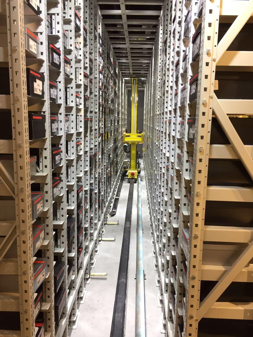 鞋服行業-立體倉庫