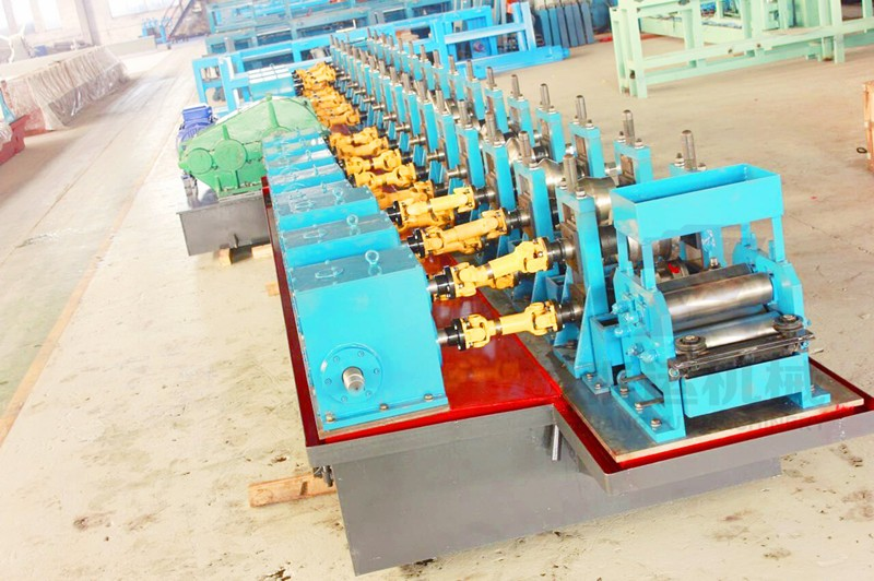 How To Find a Good Guardrail Roll Forming Machine Manufacturer?