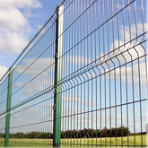 Curved Fence Mesh