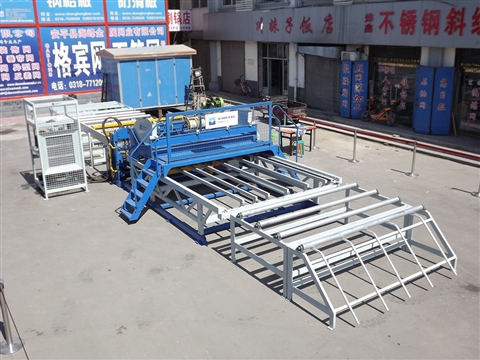 Round steel mesh welding machine construction