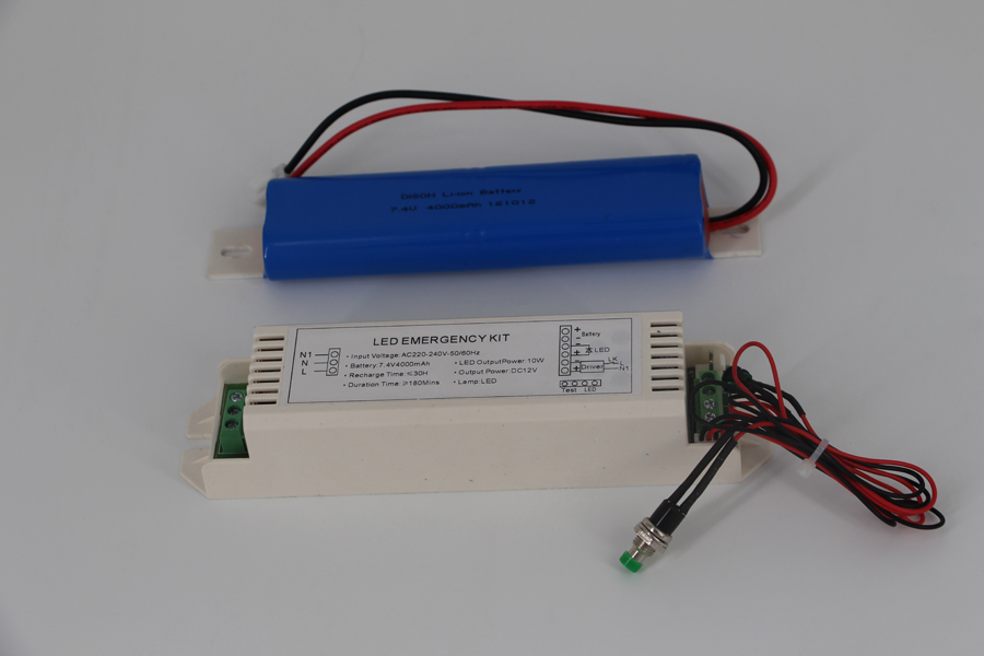 Constant voltage DC12V strip light of emergency